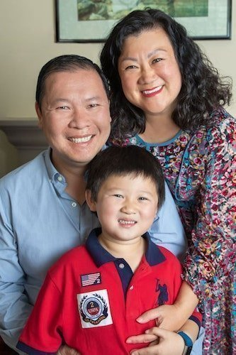 lam_family_06_sarahhasenfusphotography-min